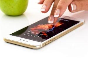 Как поменять тему на айфоне